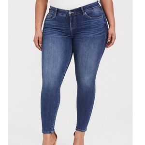 Torrid Denim Skinny  Jeans size 12R